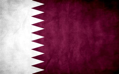 wallpaper design qatar qatar grunge flag by think0 on deviantart