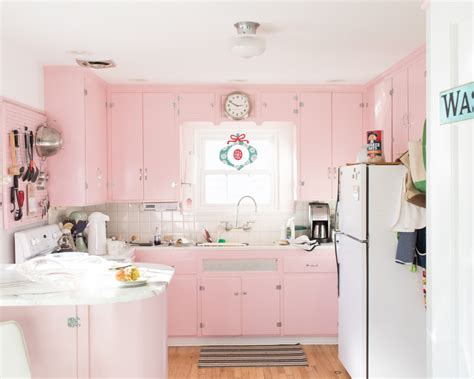 pink kitchen cabinets 25 pastel kitchens that channel the 1950s