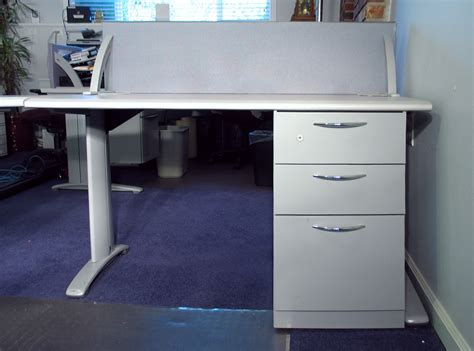 Steelcase Corner Desk Steelcase Corner Desk Steelcase Payback Used Right Return Computer Corner Desk Steelcase