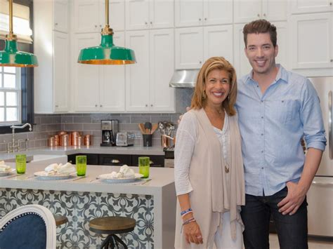 hoda kotb makeovers brothers take new orleans living room transformations