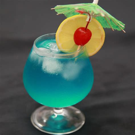 blue hawaiian cocktail four amazing tropical drinks in hawaii our traveling
