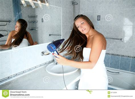 bathroom girls pic girl in bathroom stock images image 8772334