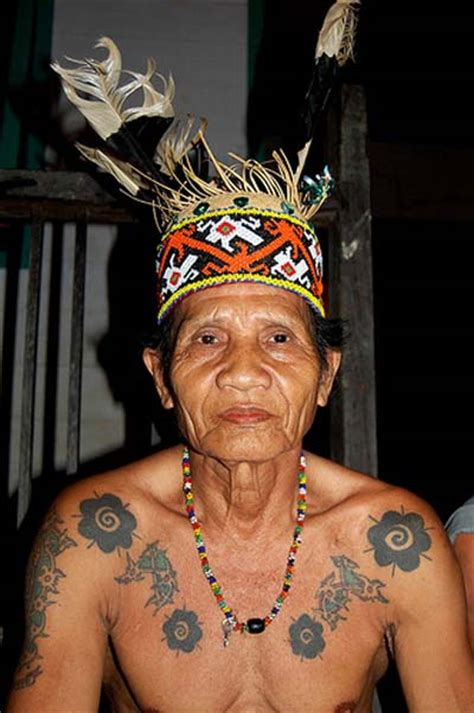 Dayak Tattoo Images | body art tattoo the meaning of tattoos for dayak tribe of