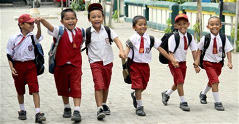 film indonesia romantis anak sekolah perhatikan 5 faktor ini untuk mengatur biaya sekolah anak anda