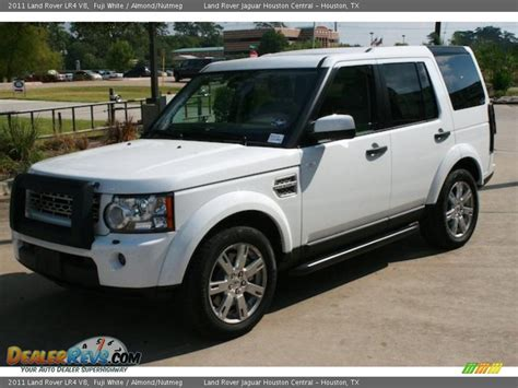 land rover lr4 white 2011 land rover lr4 v8 fuji white almond nutmeg photo 2