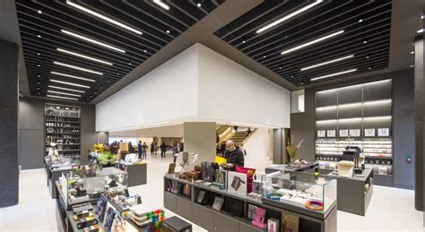 design museum south london london s new design museum opens its doors urdesignmag