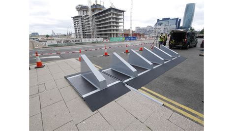 Road Barrier 9 11 atg access the world s leading innovator of bollard and