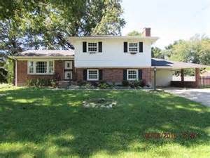 homes for in louisville ky 40218 40218 houses for 40218 foreclosures search for reo