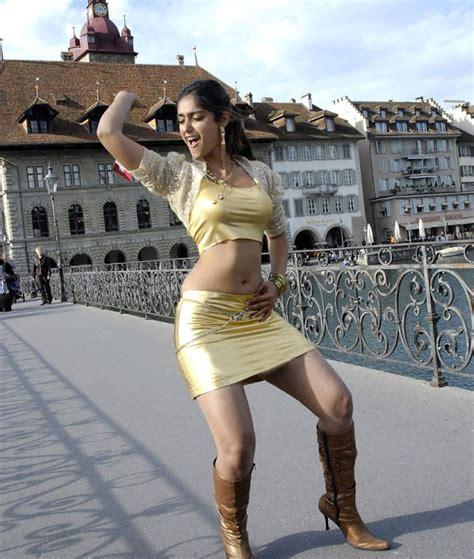 ileana d cruz crush indian actress ileana d cruz telugu hot song thuder