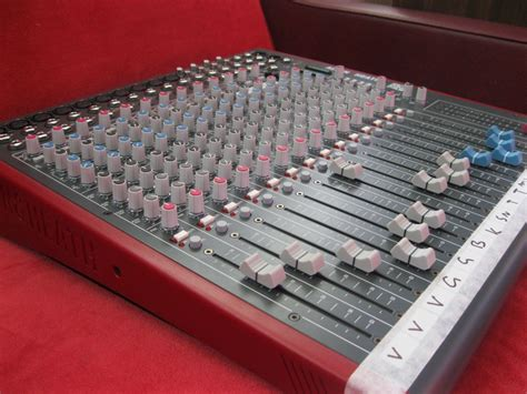 Allen Heath Mixer Live Zed18 allen and heath zed18 mixer 19b earwig studios