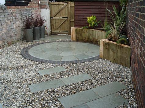 Paving Ideas For Small Back Gardens   Garden Design
