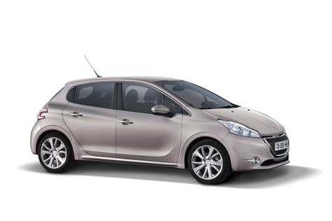 In4ride Brand New Peugeot 208 Hatches Out