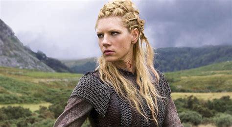 hair vikings styling katheryn winnick lagertha s hairstyle in vikings strayhair