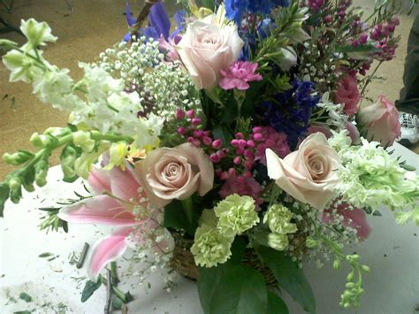spring flower arrangements homemade on long island spring flower arrangement 2011