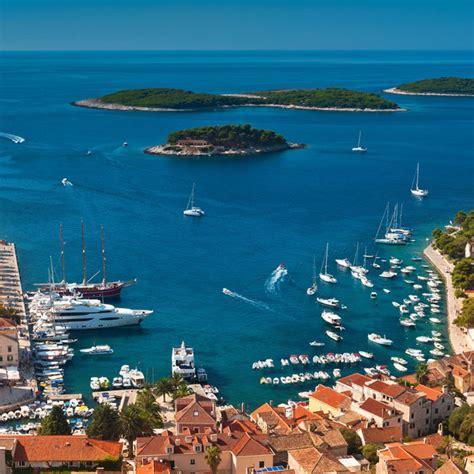 un porto della dalmazia vacanze in barca vela in croazia estate in flottiglia