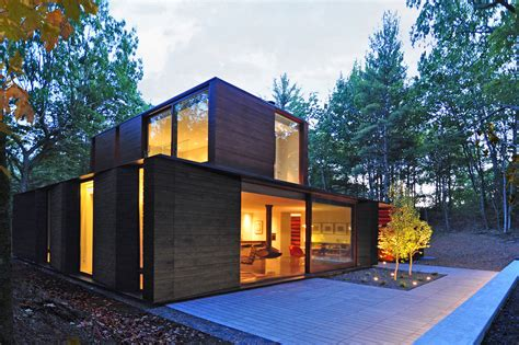 Modern Home Design Awards by Pleated House Residential Architect Johnsen Schmaling
