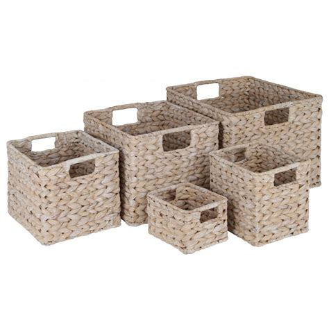 Bathroom Storage Basketsgrasscloth Wallpaper Ideas Basket Bathroom Storage