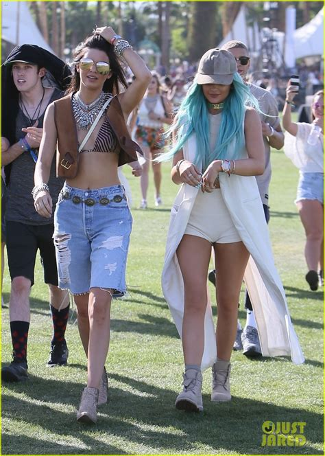 Denies Getting Surgery by Jenner Denies Getting Plastic Surgery Photo 3347100