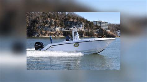 boat crash ozarks 1 dead 3 injured in boating accident at lake of the