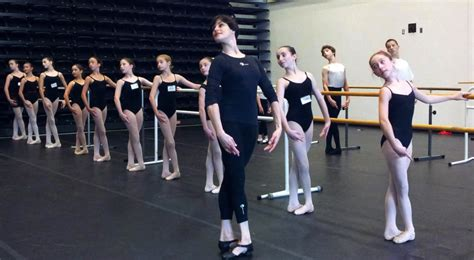 Sepatu Balet Sekolah sekolah balet ya offlet company bsd city properti