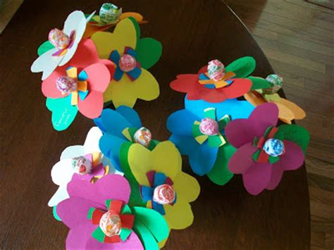 How To Make Easy Flowers Out Of Construction Paper - sixty fifth avenue a few snippets