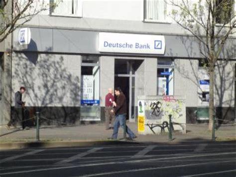 deutsche bank düsseldorf filialen deutsche bank filialen in ihrer n 228 he finden mit dem