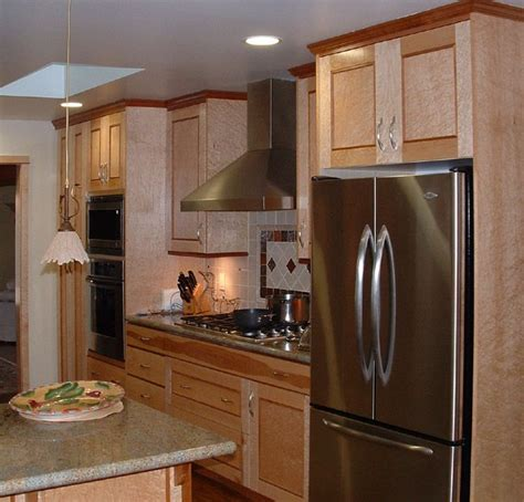 birdseye maple kitchen cabinets 128 best images about kitchen ideas on pinterest shaker