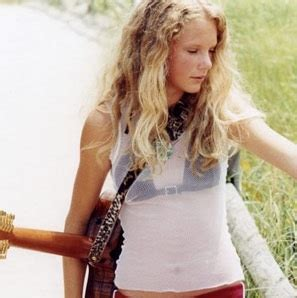 taylor swift tour age limit image young taylor with guitar jpg taylor swift wiki