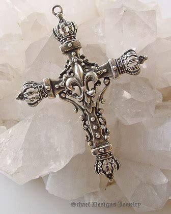 fleur de lis cross tattoo cross pendant with fleur de lis center crowns