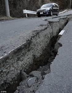 earthquake move do earthquakes move the earth