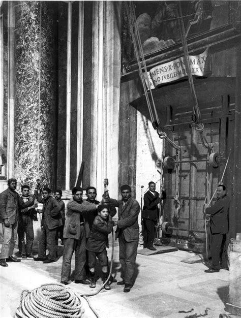 porta di roma chiusura giubileo il rito di apertura della 171 porta santa