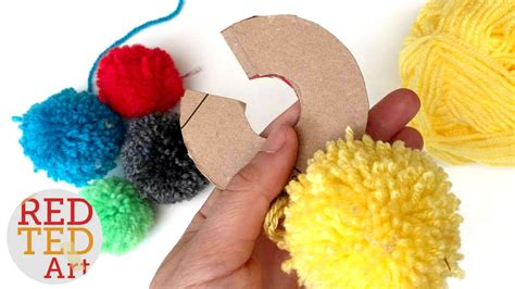 how to a pomeranian how to make a pom pom maker tutorial craft basics ya doovi