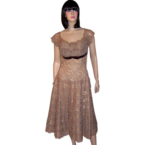 Terbatas Ruby Dress Mocca Henry A Conder 1950 S Mocha Lace Cocktail Dress