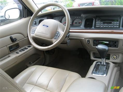 2004 Crown Interior by 2004 Ford Crown Lx Interior Photo 51005401