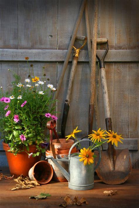 attrezzi giardiniere attrezzi e strumenti perfetto giardiniere donnad