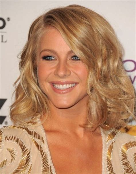 juliannehough curly bob love julianne hough s sexy wavy bob first blow dry
