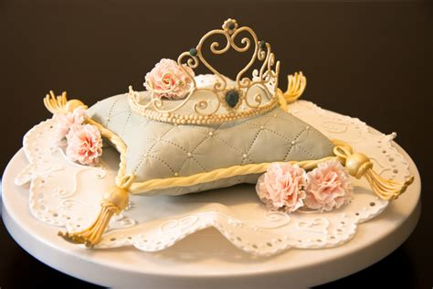 Pillow Cake by Top Pillow Cakes Cakecentral