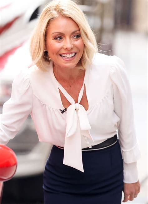 1000 images about kelly ripa fashion on pinterest kelly 17 best ideas about kelly ripa on pinterest soccer mom