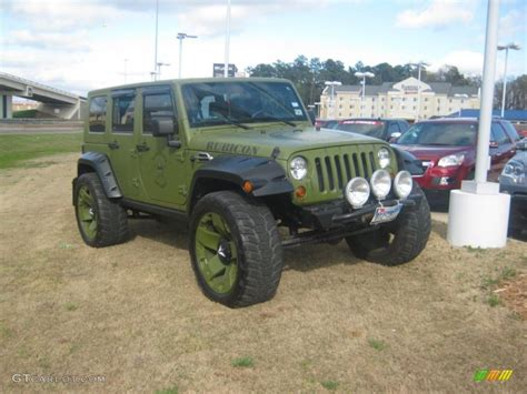 2007 Jeep Wrangler Green Jeep Green Metallic 2007 Jeep Wrangler Unlimited Rubicon