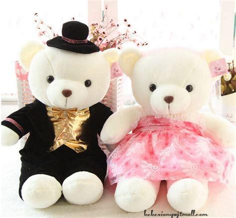a pair of teddy bear on sedan legitimate couples wedding