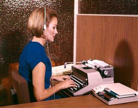 bureau femme bureau femme 1960 tuxboard