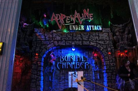 neenah haunted house sooo much fun review of burial chamber haunted house complex neenah wi