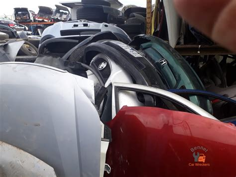 damaged cars bennet wreckers  car removals
