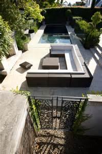 id 233 e de salon de jardin lounge sur terrasse