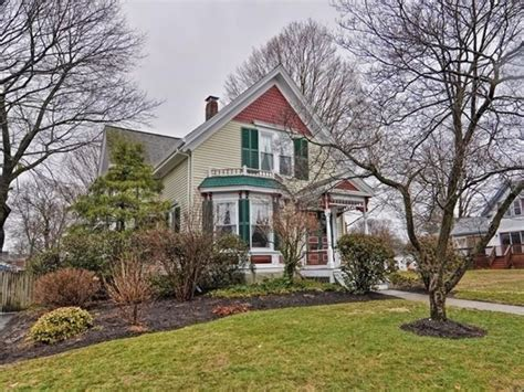 homes for sale in grafton and nearby worcester county