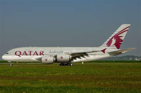 qatar airways airbus hamburg finkenwerder news a380 861 qatar airways