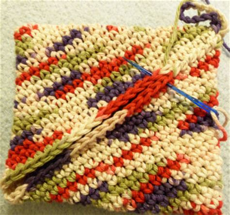 pattern for magic crochet pot holders bev s turn on itself potholder