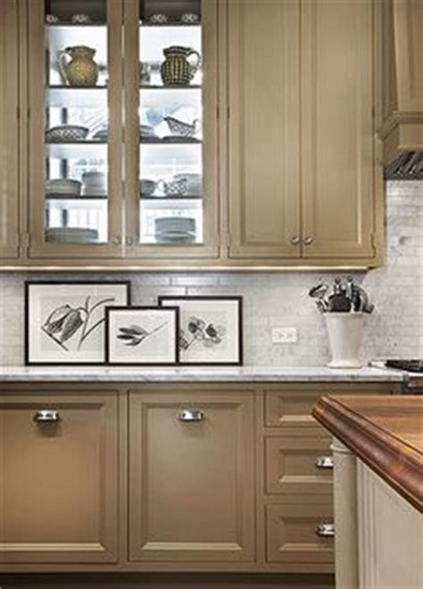 putty colored kitchen cabinets 1000 images about iq living room area ideas on pinterest