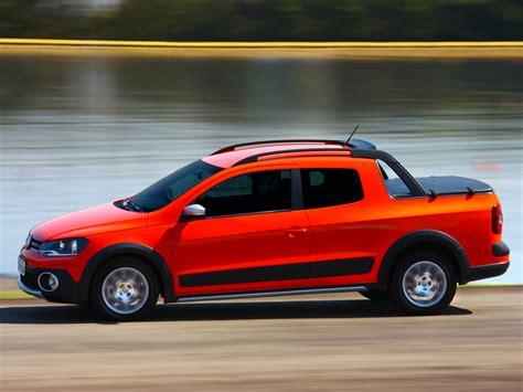vw saveiro 2014 volkswagen saveiro cross gets crew cab version