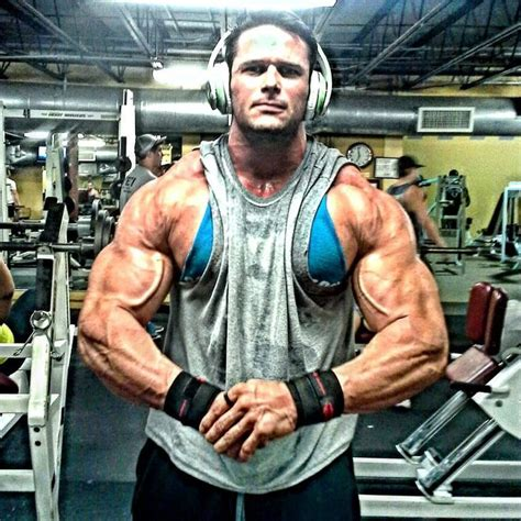 muscular man 31401 wesley durden most muscular pinterest attractive men